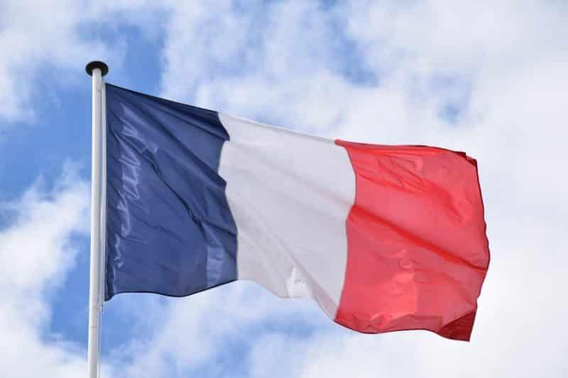 Le français est la langue de la République